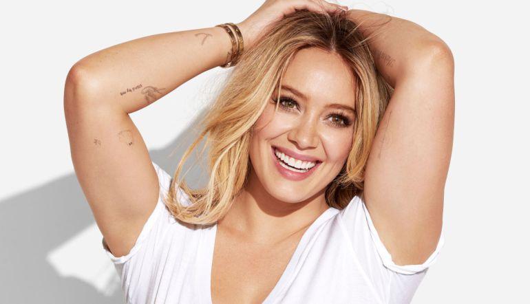 Hilary Duff responde a las fuertes críticas sobre su cuerpo