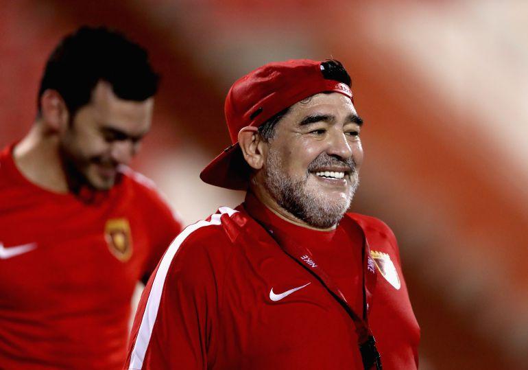 """Maradona se viste de soldado contra el imperialismo """"cuando Maduro ordene"""""""