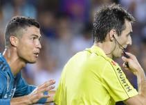 Empujón al árbitro le costará a Cristiano Ronaldo cinco juegos de suspensión