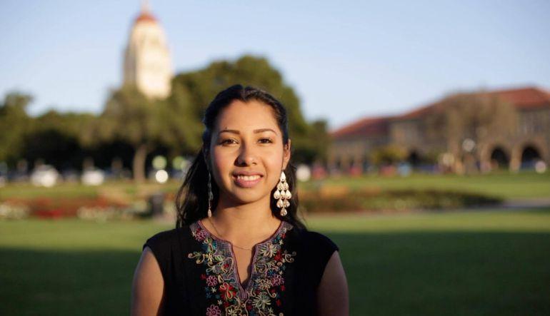 Joven mexicana crea app para ayudar a estudiantes indocumentados