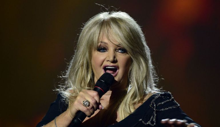 Bonnie Tyler canta 'Total Eclipse of the Heart' junto a DNCE durante el eclipse solar