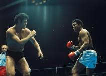 La pelea entre Muhammad Ali y un luchador japonés
