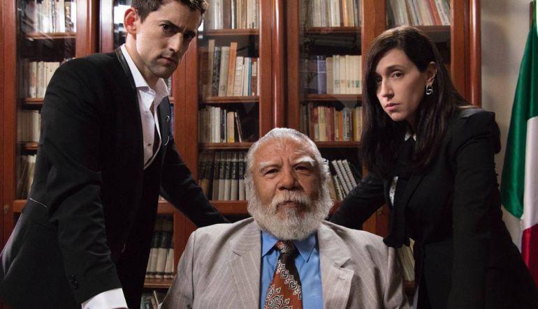 Lanzan las primeras imágenes de la tercera temporada de 'Club de Cuervos'