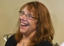 Mujer ganó 758 millones de dólares en una lotería de EE.UU.