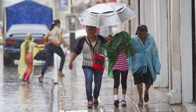 Tormentas de intensas a fuertes prevalecerán en gran parte del país