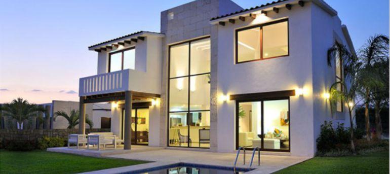 Esposa del rector de la UAEM compra residencia de más de 6 mdp