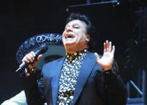 Homenajean a Juan Gabriel en Parácuaro, a un año de su muerte