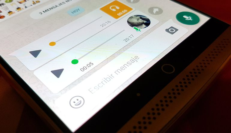 Apps: Cómo enviar notas de voz en WhatsApp en modo manos libres