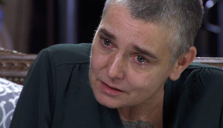 La cantante Sinéad O'Connor habló de su traumática infancia