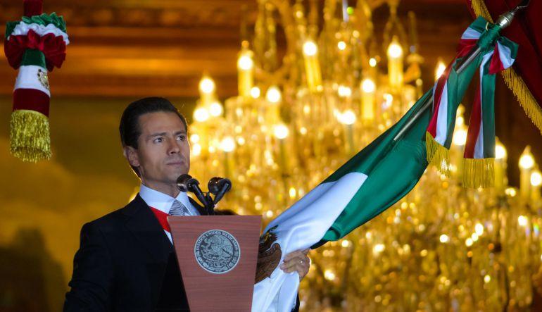 Enrique Peña Nieto, 15 de septiembre: Cinco de seis; Peña Nieto y sus 'Gritos de Independencia'