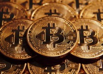 China suspende operaciones financieras con bitcoins