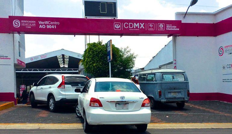 Anuncian prórroga de un mes para verificar vehículos en la CDMX debido al sismo