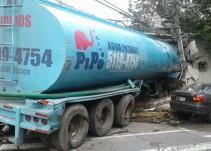 Accidente de pipa en Av. Constituyentes provoca al menos 4 muertos y 20 lesionados