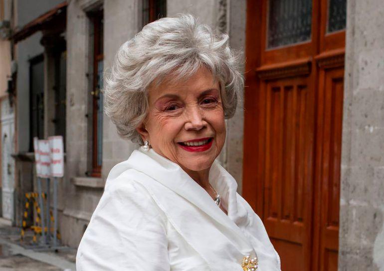"Muerte: Muere Evangelina Elizondo, la voz de ""La Cenicienta"""