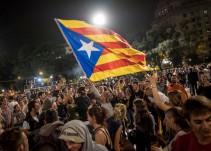 Europa abre el debate y reclama a Rajoy alternativas al uso de la fuerza