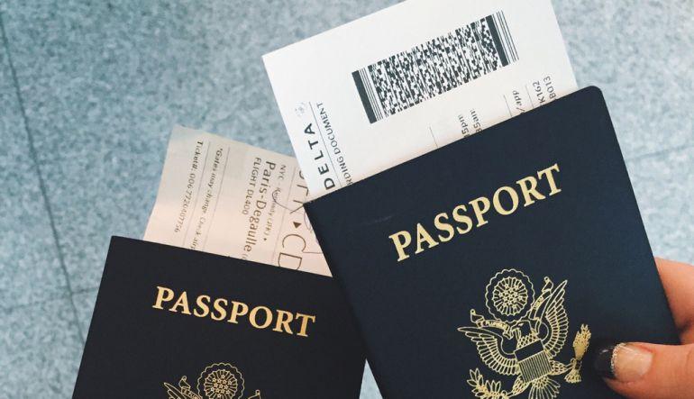 Los riesgos de publicar fotos de tu boleto de avión