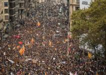 Miles de personas se echan a la calle en la jornada de movilizaciones en Cataluña