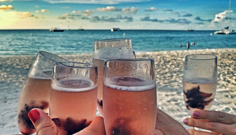 Aruba, el destino para despedirte de la soltería