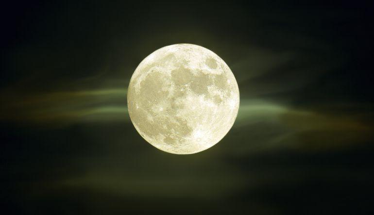 ¿Sabías que las lunas en octubre son las más hermosas?