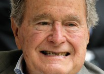 George H. W. Bush: otro acusado por acoso sexual