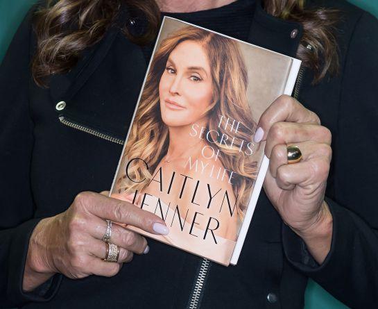 "Caitlyn Jenner: [Video] Caitlyn Jenner sorprende en redes sociales sintiéndose ""libre"""