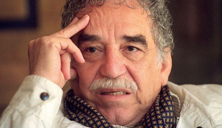 Primera Dama de Puerto Rico confunde a Gabriel García Márquez con Paulo Coelho