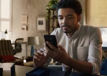 [Video] Samsung se burló del iPhone X de Apple en spot publicitario