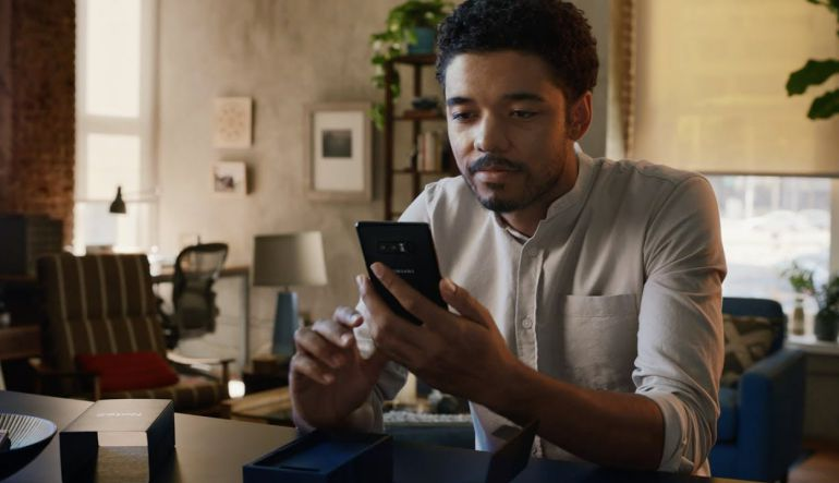 iPhone X: [Video] Samsung se burló del iPhone X de Apple en spot publicitario