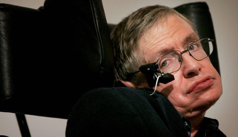 Stephen Hawking: Stephen Hawking predice el fin del mundo