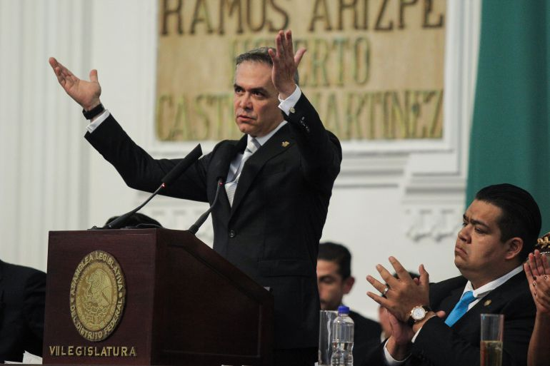 Morena: Mancera llama a AMLO a controlar a sus diputados en la ALDF