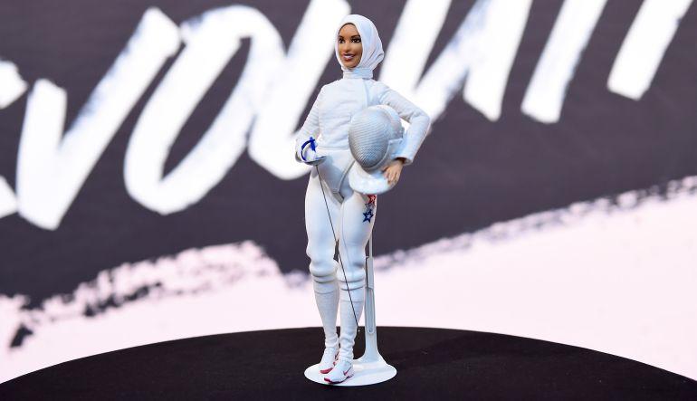 Barbie: Crean primera muñeca con hiyab