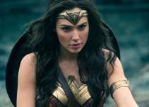 [Video] La 'Mujer Maravilla' bailó salsa en plena gira de 'Justice League'