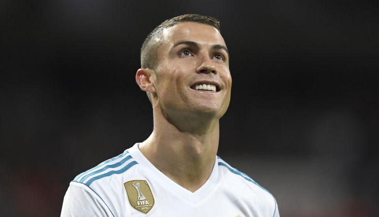 CR7: Escultor español elabora nuevo busto de Cristiano Ronaldo