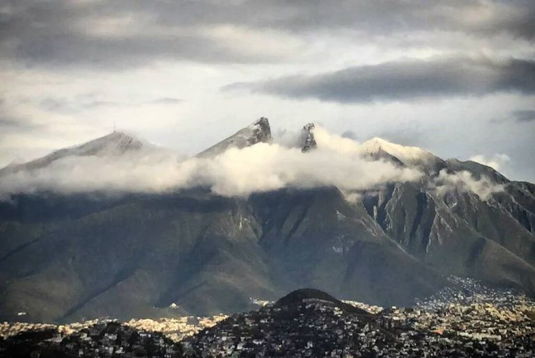 Clima, Monterrey: Nieva en la Sultana del Norte