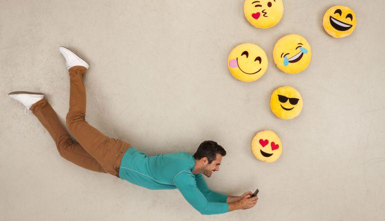 Emojis WhatsApp: Éstos son los nuevos emojis de WhatsApp para el 2018