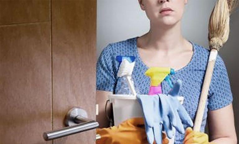 ¿Sabes cocinar y limpiar? Podrías ganar miles de dólares