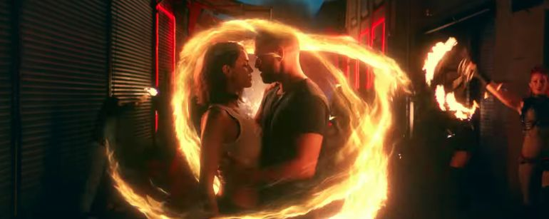 Se besan Eiza González y Justin Timberlake (VIDEO)