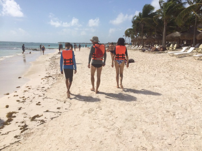 Impunidad y violencia de guías piratas a turistas en Riviera Maya