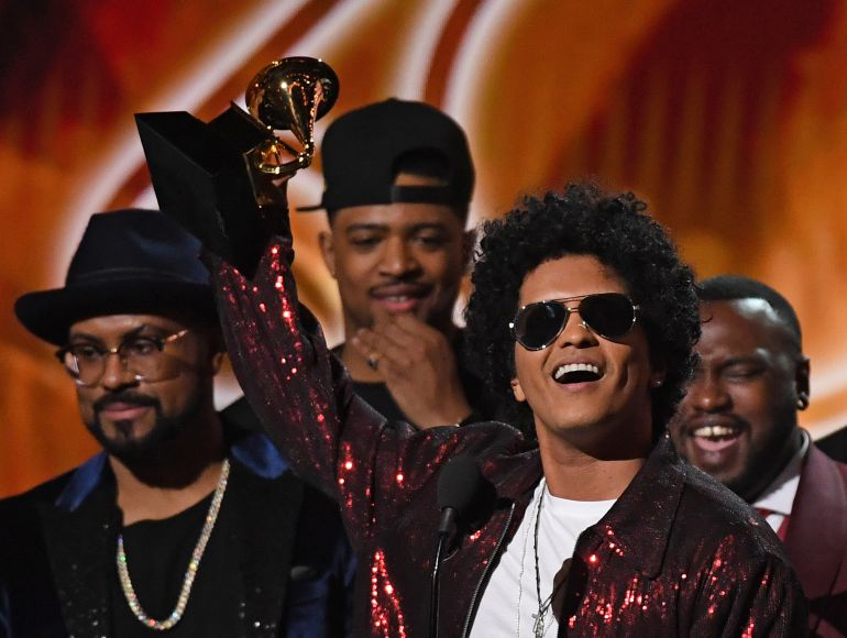 Premios Grammy, Bruno Mars: Arrasa Bruno Mars en los Grammy