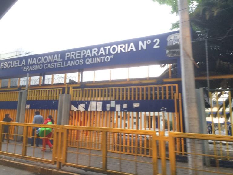 Cierran Preparatoria 2, en apoyo a Marco Antonio Sánchez