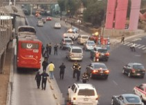 Video del momento en que Metrobús arrolla a ciclista