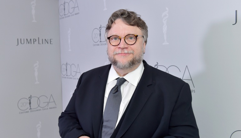"Guillermo del Toro enfrenta demanda por ""The shape of water"""
