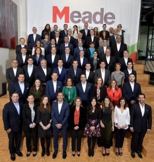 Meade presenta su gabinete de campaña