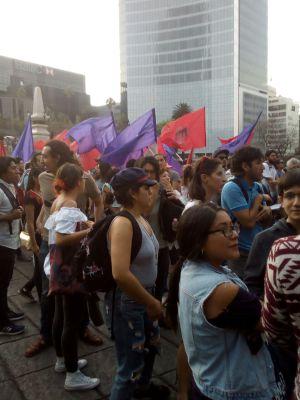 Marchan en CDMX por los estudiantes desaparecidos en Jalisco