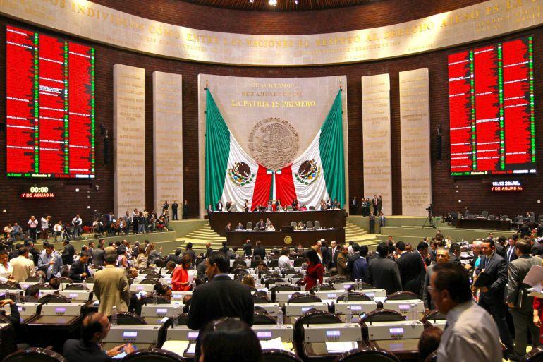 Ley Chayote, medios: Diputados dan salida a la Ley de Comunicación Social y Propaganda Gubernamental