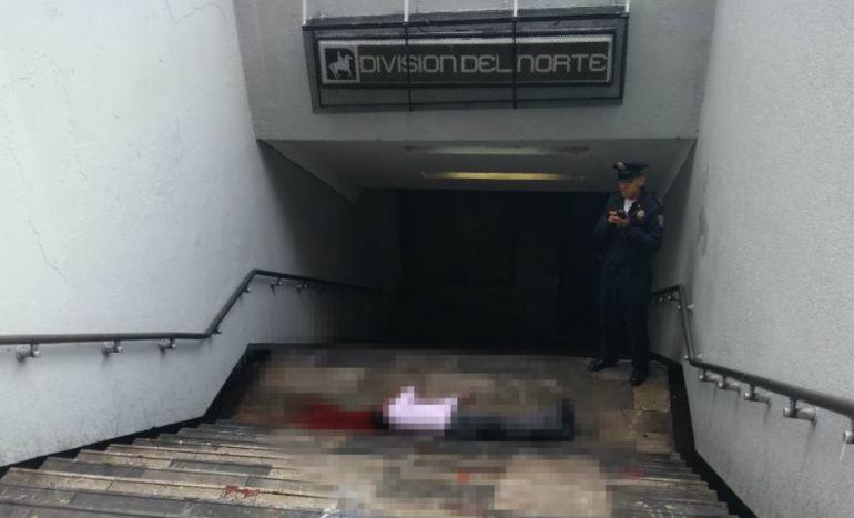 Lo asesinan en acceso al metro División del Norte
