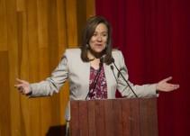 Promete Margarita Zavala optima atención a niños de padres migrantes