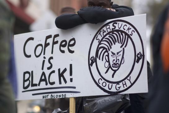 Starbucks cerrará por todas sus tiendas en EU un día para capacitar a sus empleados: Esta es la razón por la que Starbucks cerrará todas sus tiendas en EU un día