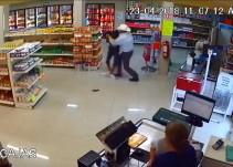 Hombre frustra asalto en Monterrey