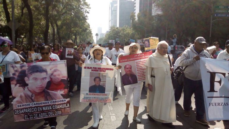 Marchan familiares de personas desaparecidas en la CDMX